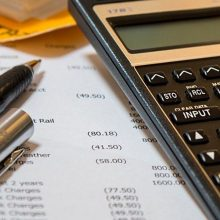 Как да изчисля данъка на колата си?