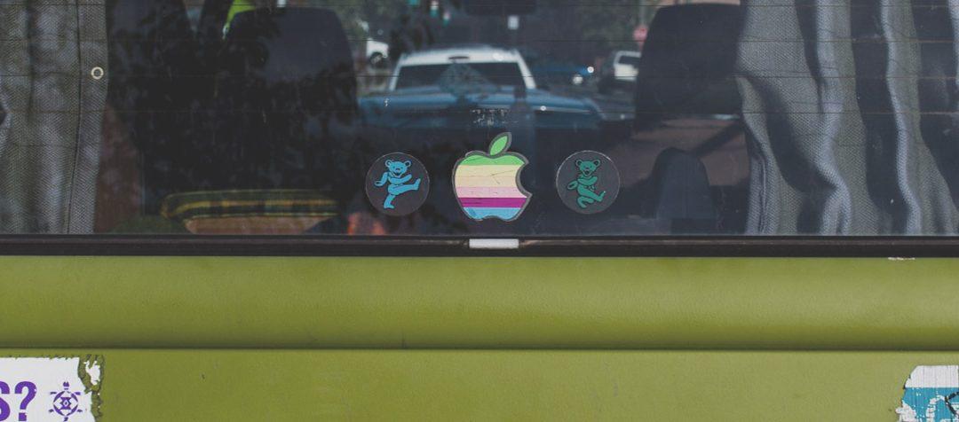 10 нестандартни стикера за кола, с които да привлечеш вниманието