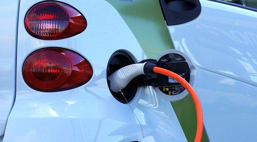 Норвежците полудяха по електромобилите, бележат 30% ръст на продажбите